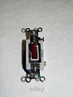 Hubbell Key Lock Et Mur Dimmer Light Switch 120-277 Vac # Hbl1203pl